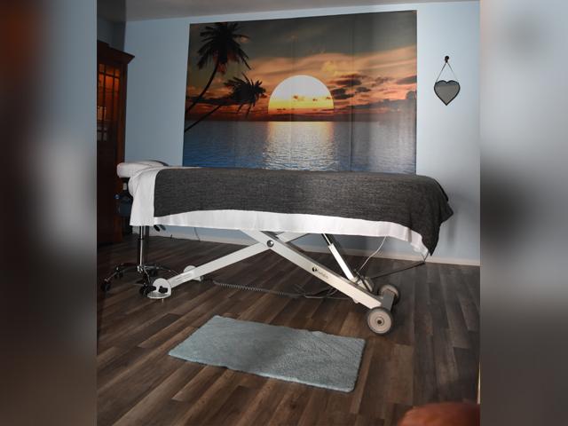 Healing Arts Co-op - room2